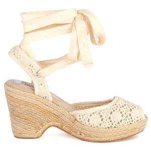 STEVE MADDEN Fez Heels Sandals Shoes Womens New Size