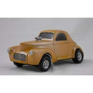 1941 WILLYS GASSER, GOLD, COLLECTIBLE 118 SCALE MODEL
