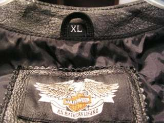 Harley Davidson Vest XL with 25 Pins   many rare HD Pins All of one