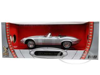 1971 JAGUAR E TYPE SILVER 1/18 DIECAST MODEL CAR