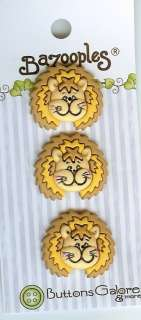 Lester the Lion BaZooples Novelty Buttons   Sewing