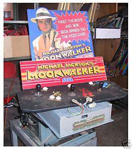 Sega Michael Jacksons Moonwalker Game w/Board no case