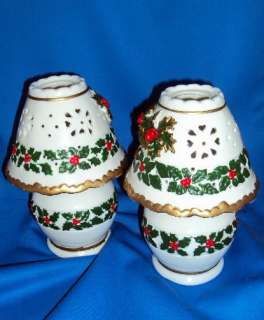 CHRISTMAS HOLLY CERAMIC TEA LIGHT 2 PC CANDLE LAMP NWOB