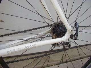 Allez Specialized 62 cm Aluminum Road Bike Bicycle w Carbon Fork