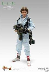 Hot Toys Ellen Ripley 12  Figure Aliens