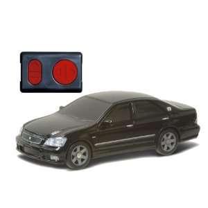Tomy Caul Toyota Crown Athlete Radio Control Car 138