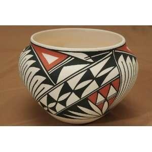 Native American Pueblo Pottery Vase 5.5x5  Acoma (179