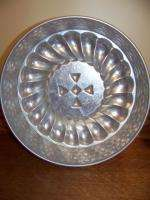 vintage round jello molds 8 10 copper silver colored tin metal