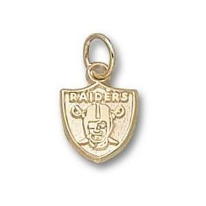 Oakland Raiders Logo 3/8 Charm/Pendant: Sports & Outdoors