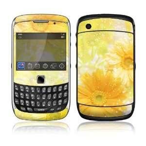 BlackBerry Curve 3G Decal Skin Sticker   Yellow Flowers