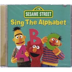 Sing the Alphabet (9781573305297) Sesame Street