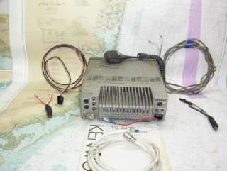 TRANSCEIVER W/ MIC, MANUAL & VARIOUS CABLES BRS # 11102040.02