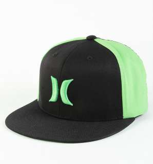 Black/Green Colorblock Flat Bill Flex Fit Hat Ball Cap New NWT