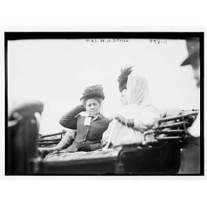 Mrs. W.J. Bryan,Mrs. Flaherty in carriage,New York