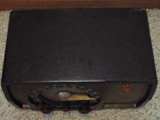 Vintage 1950s Bakelite Zenith AM/FM Tube Radio Model H7232 Non