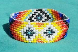 NATIVE AMERICAN INDIAN BEADED ELASTIC BRACELET