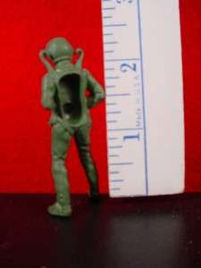 54mm SOLDIER LOT GROUP #129 PARACHUTIST AIRBORNE PARATROOPER HONG KONG