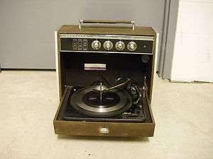 VTG Rare Sylvania Exponent 4/40 Portable Record Player Phonograph