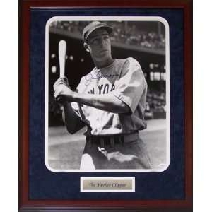 Joe DiMaggio Autographed / Signed Framed Black & White 16x20 Photo