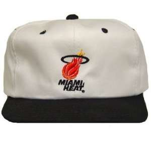 NBA MIAMI HEAT WHITE BLACK FLAT BILL YOUTH KIDS CAP HAT