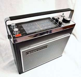 SUPERB RARE SONY TFM 8030L 3 BAND VINTAGE RADIO. HIGH QUALITY & GREAT