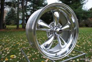 15X7 REV CLASSIC 100 POLISHED / TORQ 2 AM RACING CAPS FORD CHEVY MOPAR